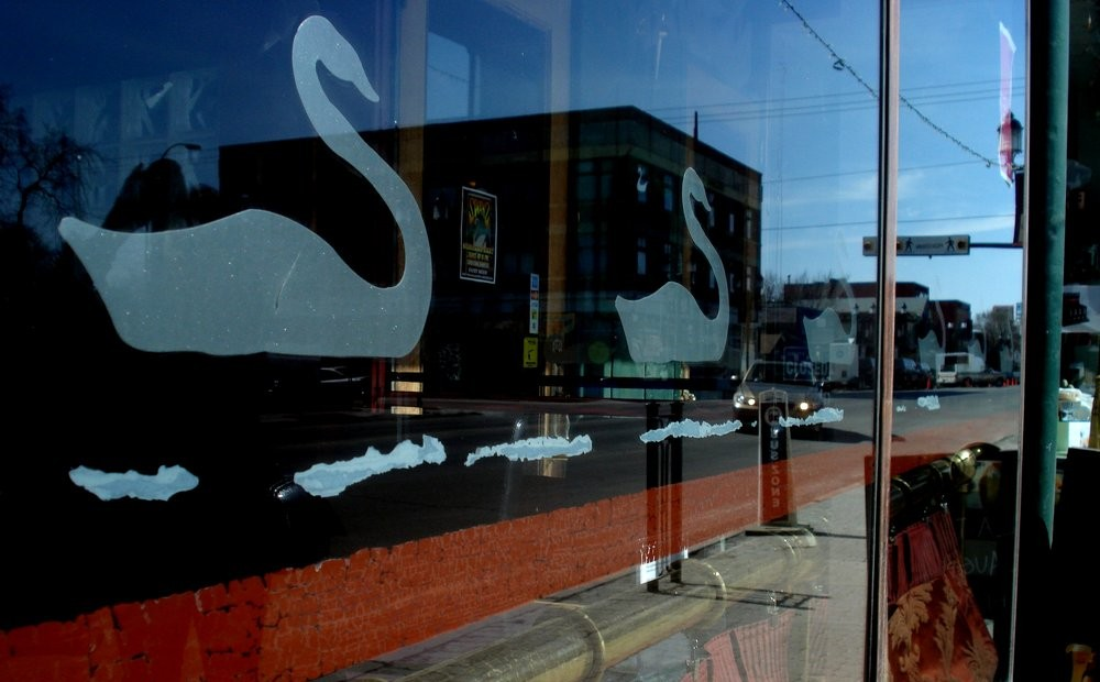 swans-of-inglewood-pub-calgary