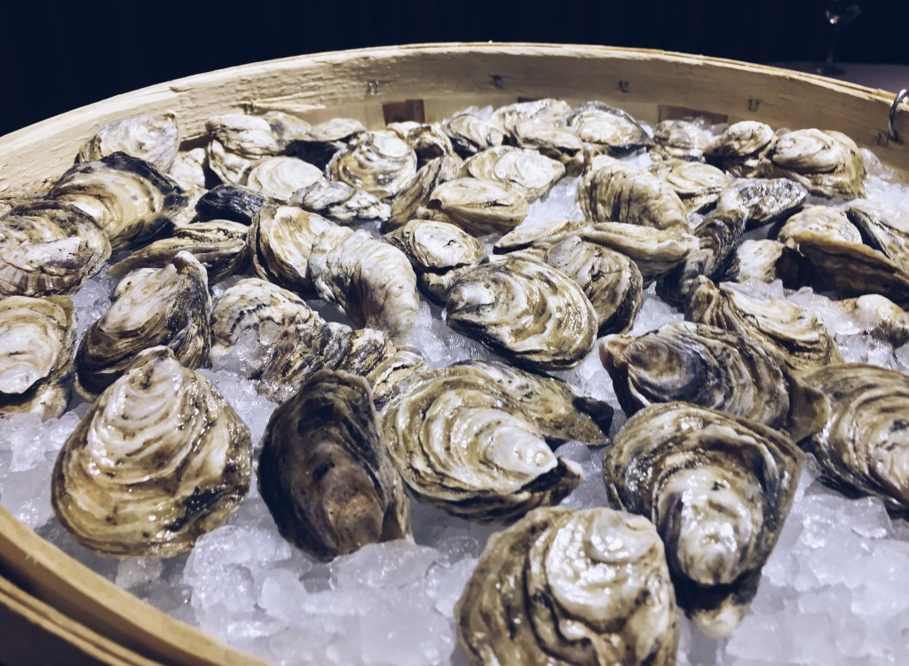 catch-oyster-bar-best-restaurants-calgary
