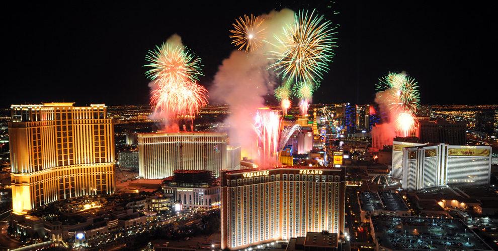 Las Vegas strip fireworks night lights