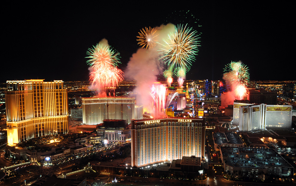 Las Vegas strip fireworks night lights